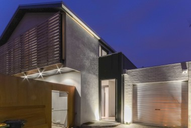 TOWNHOUSE, MANICA STREET - FRONT